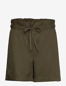 Johanna Lyocell Shorts - paper bag shorts - green