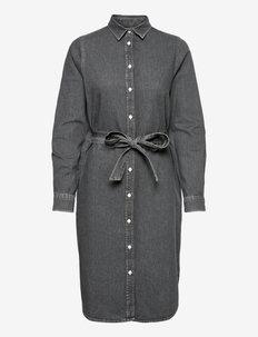 Isa Denim Shirt Dress - skjortekjoler - gray denim