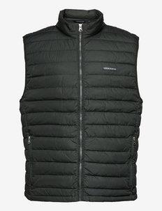 Jonas Lt Down Vest - jakker og frakker - green