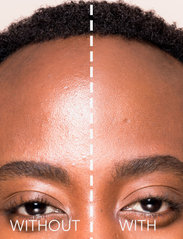LH Cosmetics - Blotting powder - puder - clear - 2