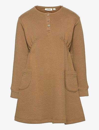 NMFELIPA LS LOOSE SWEAT DRESS - jurken & rokjes - ermine