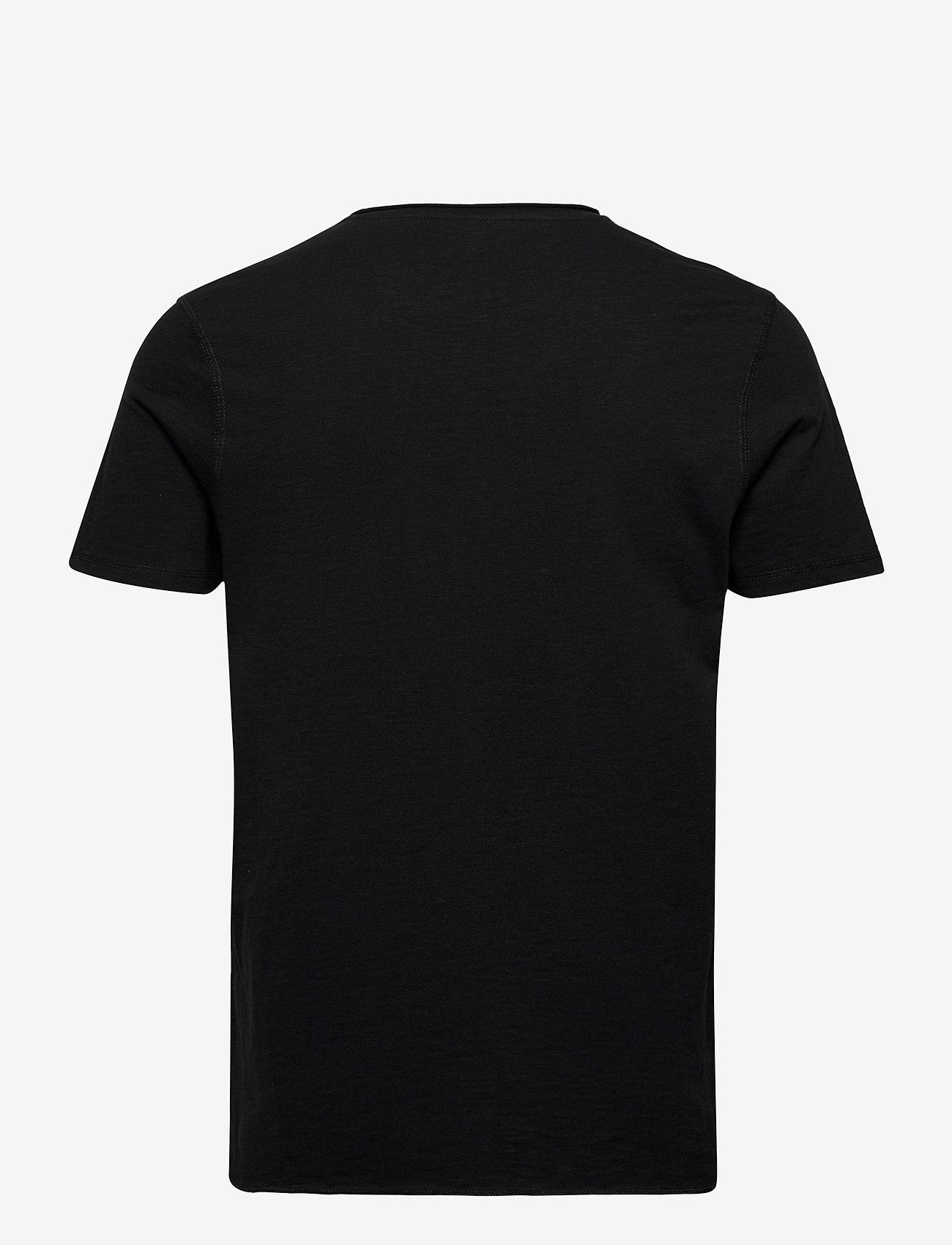Lindbergh Raw o-neck tee S/S - T-skjorter BLACK - Menn Klær