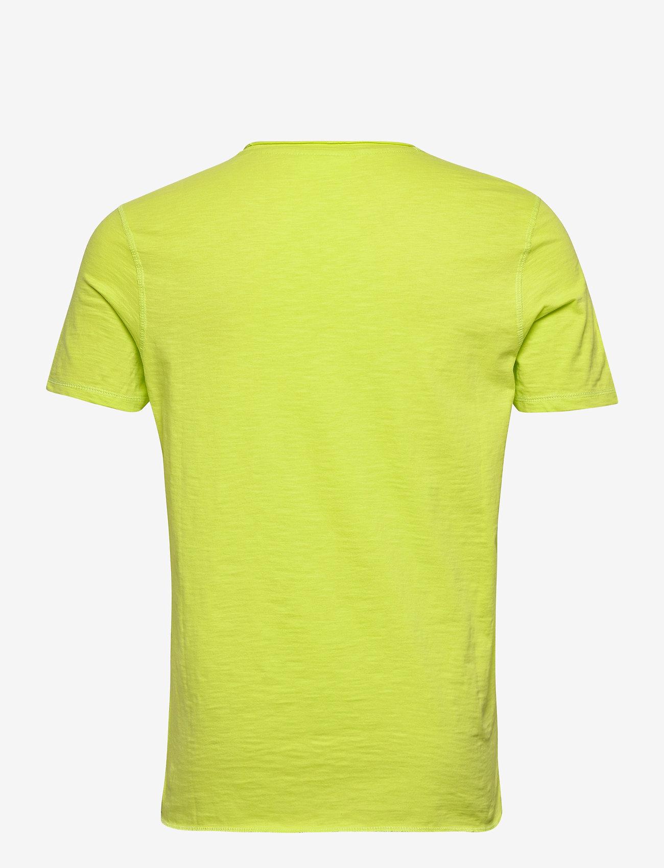 Lindbergh Raw o-neck tee S/S - T-skjorter BRIGHT GREEN - Menn Klær