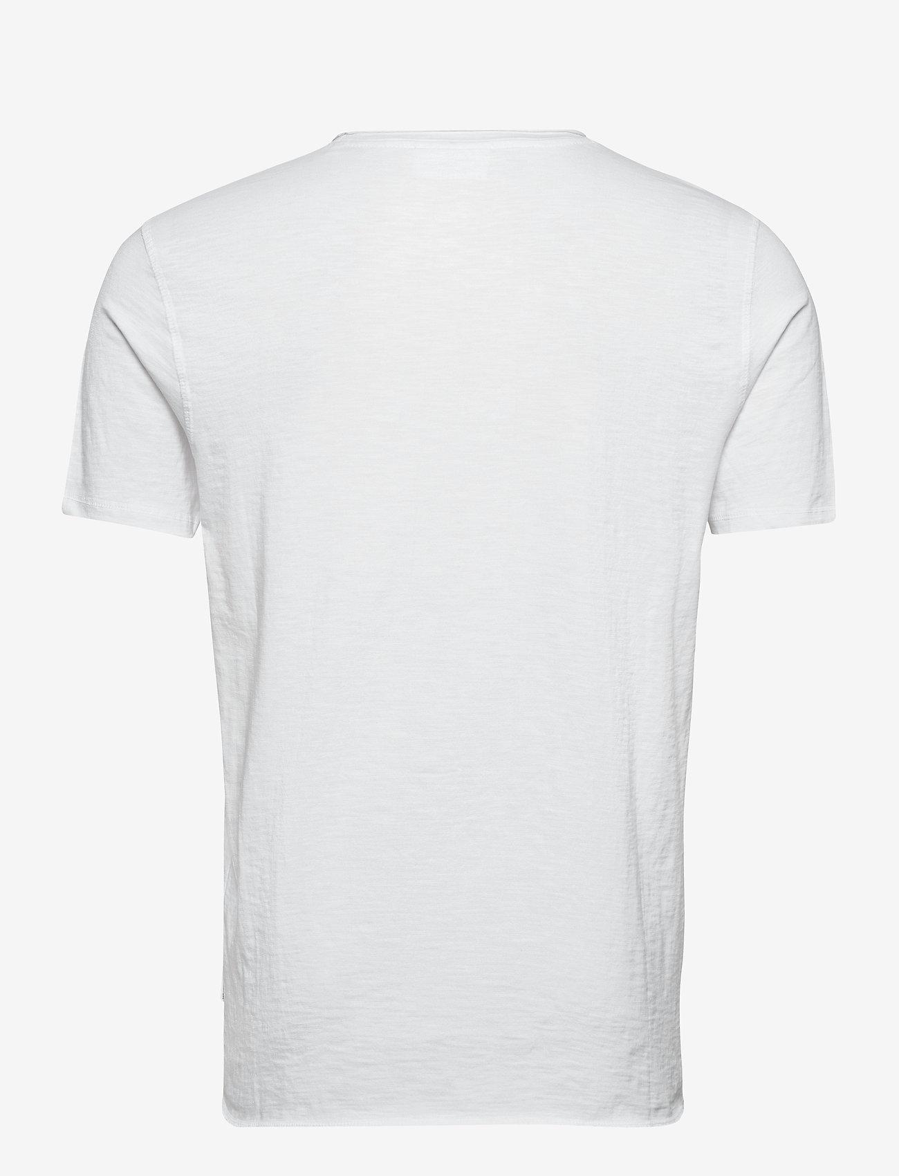 Lindbergh Raw o-neck tee S/S - T-skjorter WHITE - Menn Klær