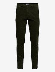 Lindbergh - Corduroy slim fit pants - rennot - army - 2