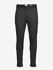 Lindbergh - Superflex knitted cropped pant - puvunhousut - army mix - 1