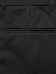 Lindbergh - Superflex knitted cropped pant - puvunhousut - army mix - 5