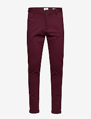 Lindbergh - Knitted pants normal length - spodnie na co dzień - red mix - 1
