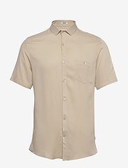 Lindbergh - Viscose shirt S/S - peruspaitoja - light sand - 0