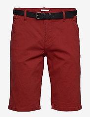 Lindbergh - Classic chino shorts w. belt - chinot - dusty red - 1