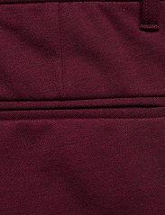 Lindbergh - Knitted pants normal length - spodnie na co dzień - red mix - 5
