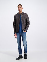 Lindbergh - Leather jacket - nahkatakit - brown - 0