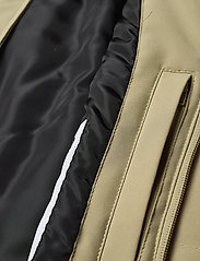 Lindbergh - Technical mac coat - kevyet päällystakit - sand - 4