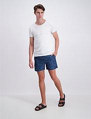 Lindbergh - Holiday swim shorts - swim shorts - dk blue - 0