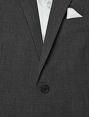Lindbergh - Seersucker checked suit - single breasted suits - grey check - 4