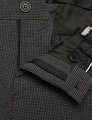 Lindbergh - Seersucker checked suit - single breasted suits - grey check - 8