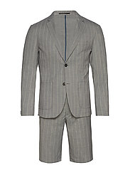 Striped suit w/shorts - GREY