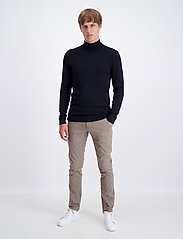 Lindbergh - Roll neck knit - perusneuleet - black - 0