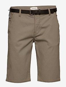 AOP chino shorts W. belt - spodenki chinos - sand