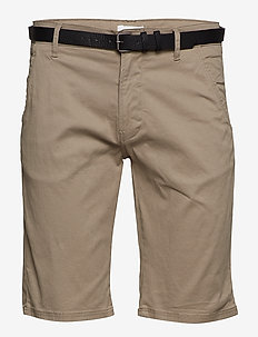 Classic chino shorts w. belt - chinos shorts - dk sand