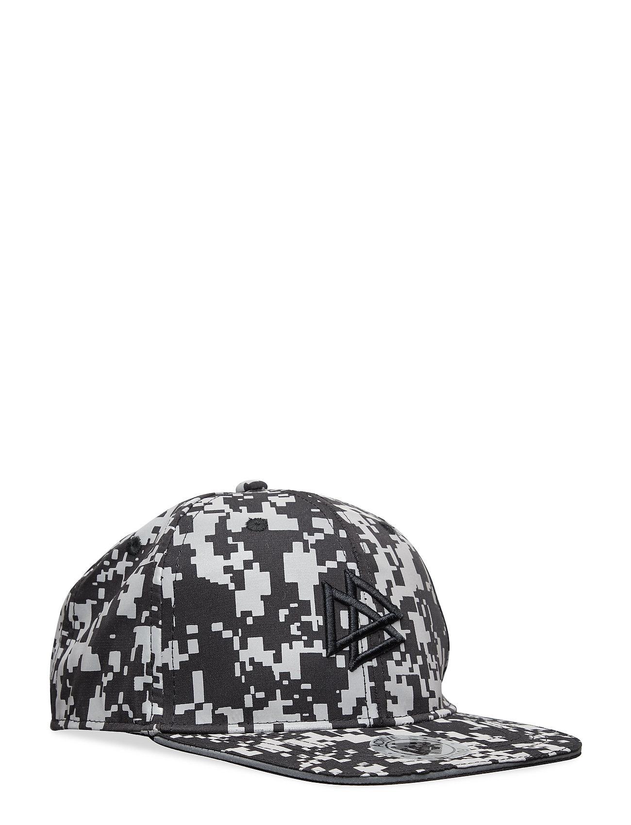 Lindex Flat peak cap with reflective print - BLACK
