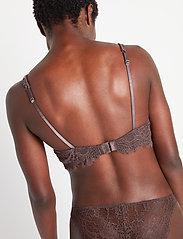 Lindex - Bra Smilla T shirt bra v neck - bhs mit polsterung - dk dusty brown - 3