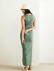 Lindex - Dress Debbie - kveldskjoler - green - 3