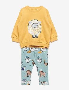 Set with yellow sweater and leggings with sheep - DUSTY YELLOW