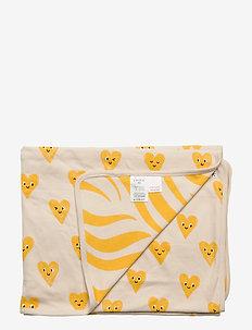 Shawl Hearts   Zebra - decken & steppdecken - dark dusty yellow