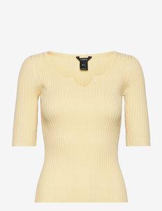 Sweater Lori - strikkede toppe - yellow