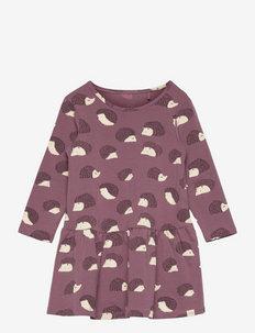 Dress aop forest hedgehog X9 - kjoler - lilac