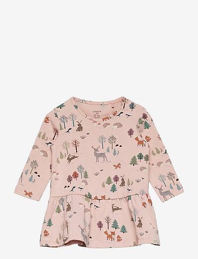 Dress aop forest hedgehog - klänningar - pink