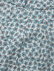 Line of Oslo - Carla print - casual shorts - blue - 4