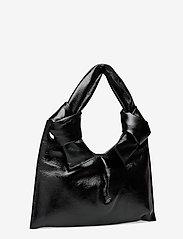 Little Liffner - KNOT EVENING BAG - väskor - glossy black - 2