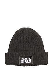 LR Sydni Badge Hat - BLACK
