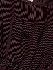 Designers Remix Girls - LR Kennedy Dress - mekot - rouge noir - 3