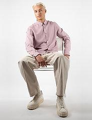 LJUNG by Marcus Larsson - Washed Twill Shirt - chemises de lin - mauve purple - 0