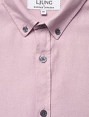 LJUNG by Marcus Larsson - Washed Twill Shirt - geruite overhemden - mauve purple - 6
