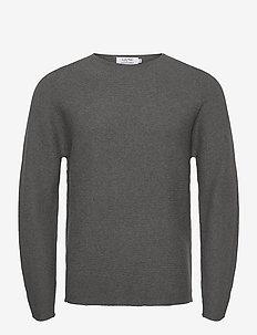 Knitted Crewneck - perusneuleet - dk grey
