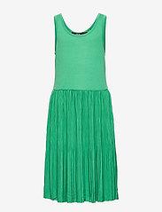 LMTD - NLFFIRENZE SL PLEATED DRESS - kjoler - leprechaun - 0