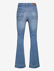 LMTD - NLFPIL DNMATEJAS 2455 HW BOOT PANT NOOS - boot cut jeans - medium blue denim - 1