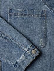 LMTD - NLFNINDY DNM LS OVERSIZE JACKET - overshirts - medium blue denim - 3