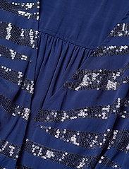 Lollys Laundry - Ankara Dress - cocktail-kjoler - 29 dusty blue - 2