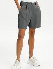 Lounge Nine - LNDitta shorts - shorts casual - sedona sage - 0