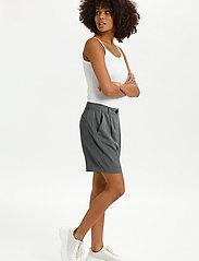 Lounge Nine - LNDitta shorts - shorts casual - sedona sage - 3