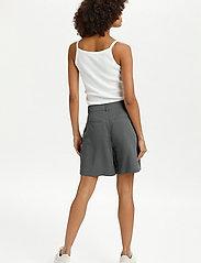 Lounge Nine - LNDitta shorts - shorts casual - sedona sage - 4