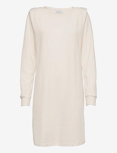 LNCryma Dress - summer dresses - eggnog