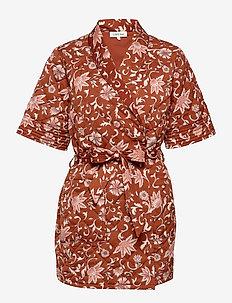 Susie - kylpytakit - batic flower brown
