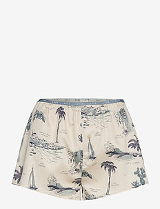 Sunday - shorts - porto servo scenes