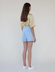 Lovechild 1979 - Rhodny Shorts - shorts casual - lavender lustre - 3